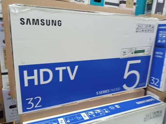 "Samsung 32"" Smart TV image 1"