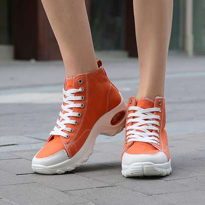 Converse sneakers image 5