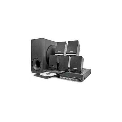 Sony DAV-TZ140 - 300W - 5.1Ch - DVD Home Theater - Black image 1