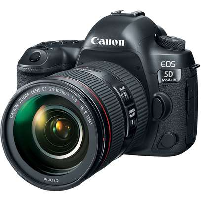 Canon EOS 5D Mark IV DSLR Camera with 24-105mm f/4L II Lens image 1