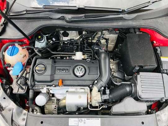 Volkswagen Golf image 8