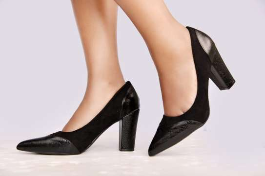 Chunky closed heels image 1