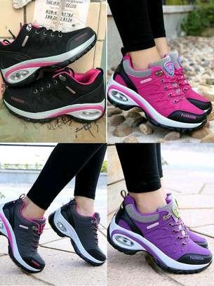 Fashion shoes image 4