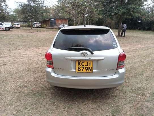 Motor vehicle image 4
