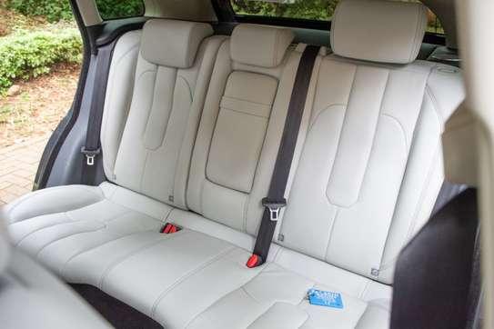 Land Rover Range Rover Evoque image 9