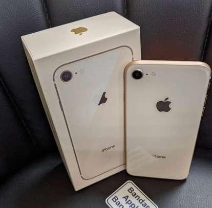 Iphone 8 *256gb* image 2