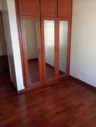 3 bedroom apartment for rent in Ruaka image 9