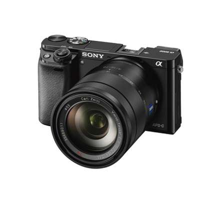 Sony Alpha a6500 Mirrorless Digital Camera with 18-135mm Lens Kit image 2