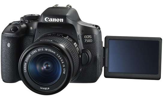Canon EOS 750D with 18-55mm image 2