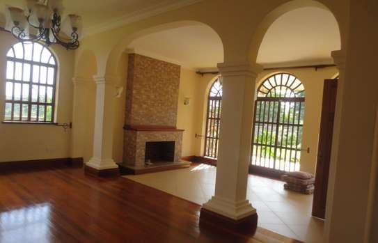 5 bedroom house for rent in Thigiri image 13