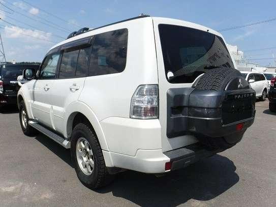 Mitsubishi Pajero image 3