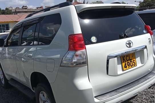 Toyota Land Cruiser Prado VX V6 image 7