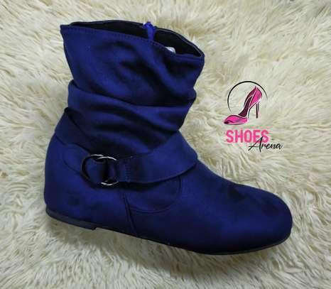 Flat boots image 3
