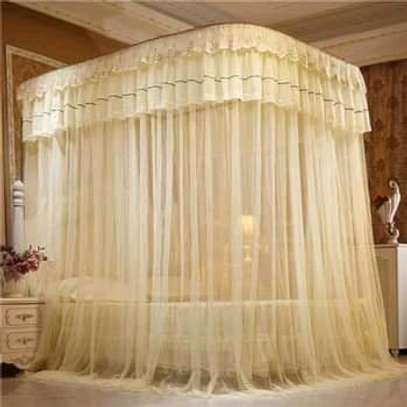 QUEEN PALACE MOSQUITO NET image 1