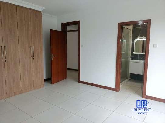 4 bedroom apartment for rent in General Mathenge image 14