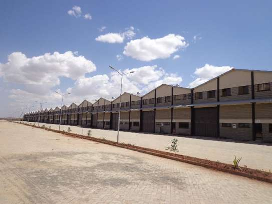 8000 ft² warehouse for rent in Athi River Area image 2
