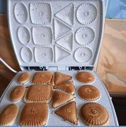 Cookie maker image 1