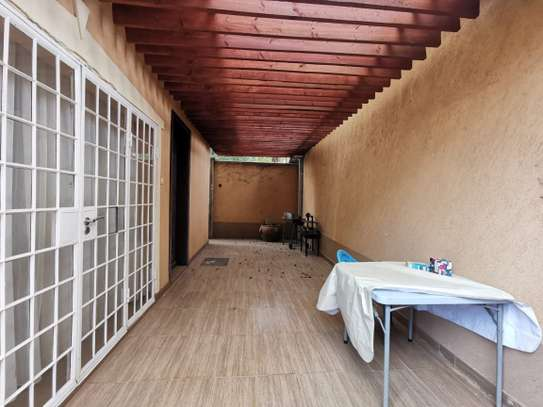 2 bedroom townhouse for rent in Nyari image 12