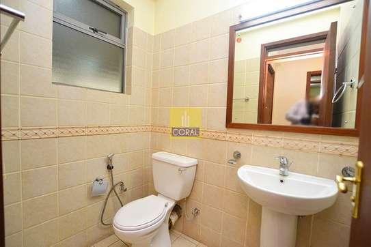 3 bedroom apartment for rent in Parklands image 6