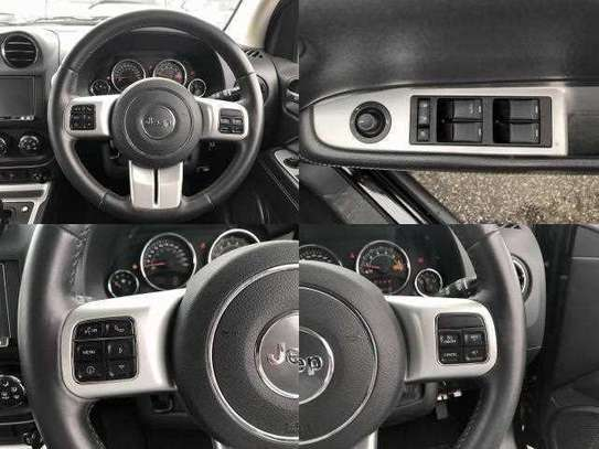 Jeep Compass 2.0 image 8