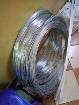 HT wire for electric fencing 1.6mm image 2