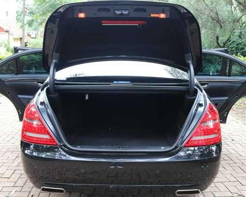 Mercedes-Benz S350 image 2