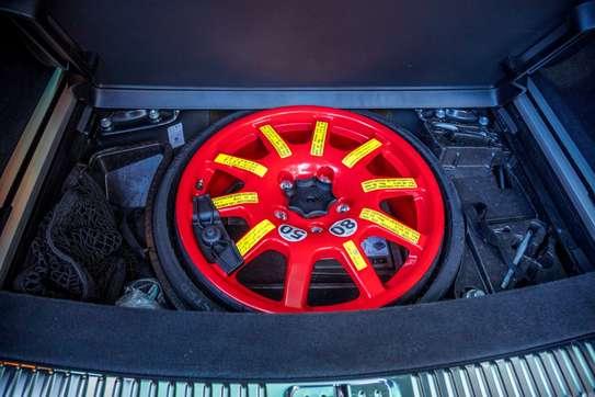 Volkswagen Touareg image 11