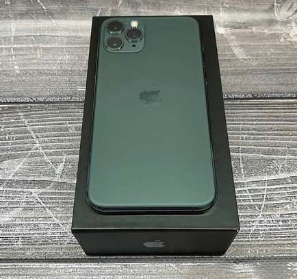 Apple iphone 11 pro *Green* image 2