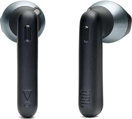 JBL T220 - Wireless in-ear headphones image 2