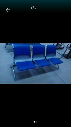 3seated link chair