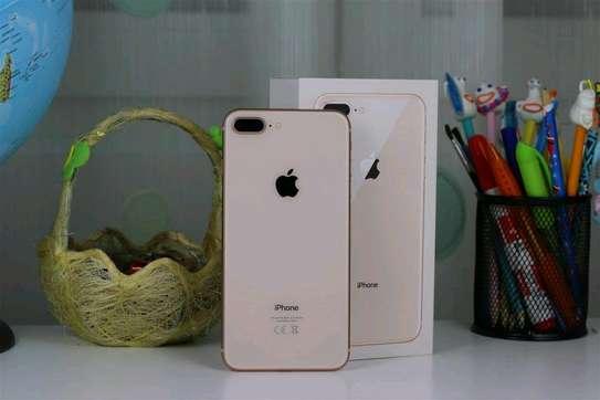 Apple Iphone 8 Plus Gold 256 Gigabytes image 1