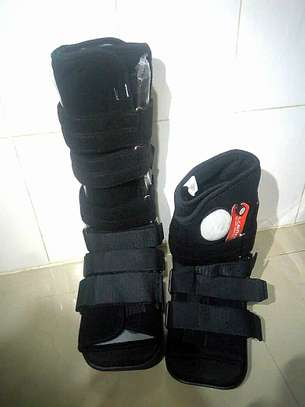 Fracture boots image 1