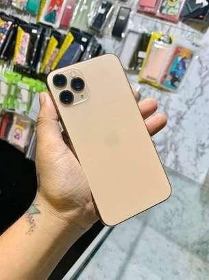 Iphone 11 pro *Gold 256GB * image 3