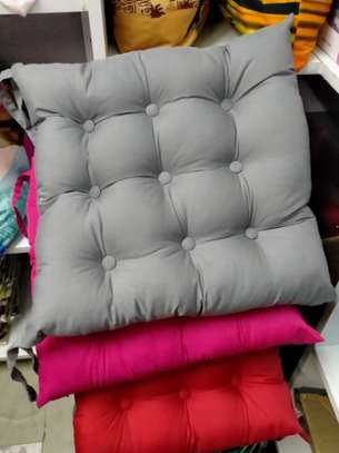 Chair comforter,pads,pillows image 4