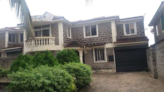 4 bedroom house, one master en-suite, with SQ. Located in Mombasa bamburi( Utange). image 1