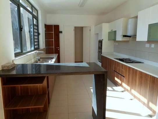 Executive 4 Bedroom Townhouse For Rent In Garden Estate  At Kes 225K image 9