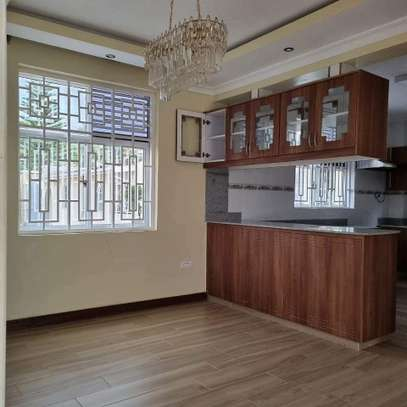 MODERN GUESTWING TO LET IN RUNDA. image 13