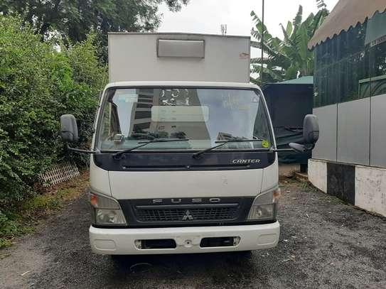 Mitsubishi Canter image 11