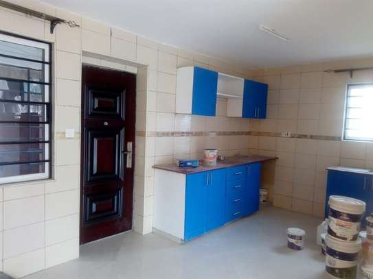 3 bedroom apartment for rent in Syokimau image 3
