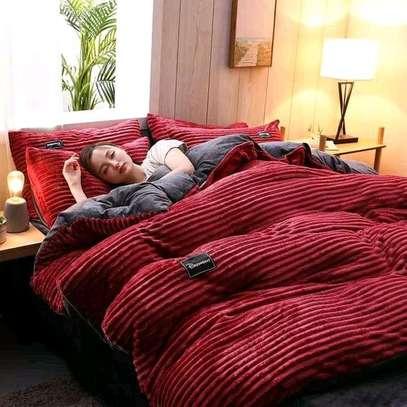 Valvet woolen blankets duvets image 2