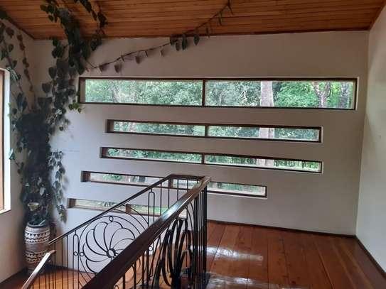 Furnished 6 bedroom house for rent in Karen image 6