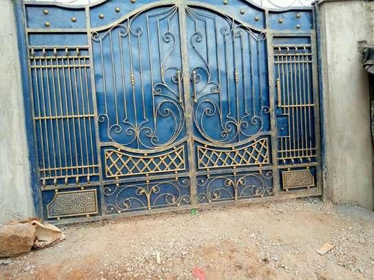 Blue gate image 1