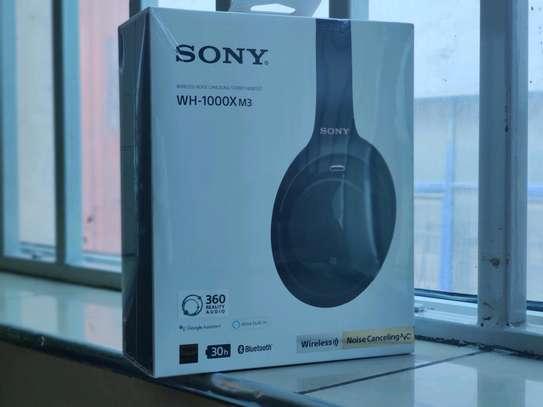 SONY Wireless headphones WH-1000- XM3 - brand new image 1
