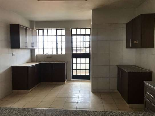 3 bedroom apartment for rent in Valley Arcade image 3