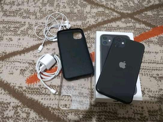 Apple Iphone 11 Black ♧ 256 Gigabytes image 1