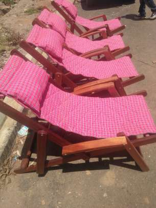 Deck chair image 1