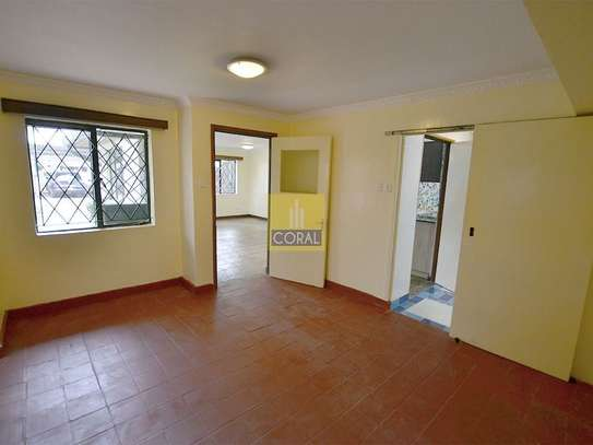1 bedroom house for rent in Kilimani image 11
