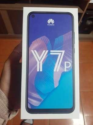 """Huawei Y7p, 6.39"""", 64GB + 4GB RAM (Dual SIM), 4000mAh image 3"""
