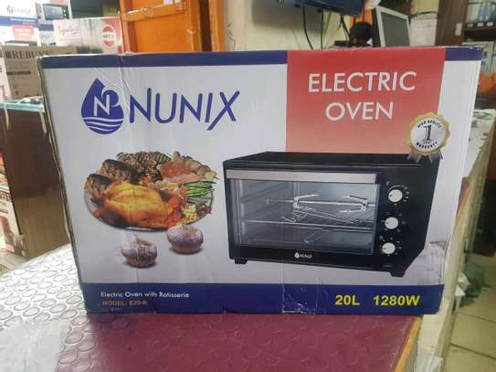 Electric oven image 1