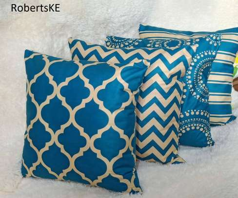 blue patterned pillows image 1